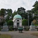 岩崎家玉川霊廟
