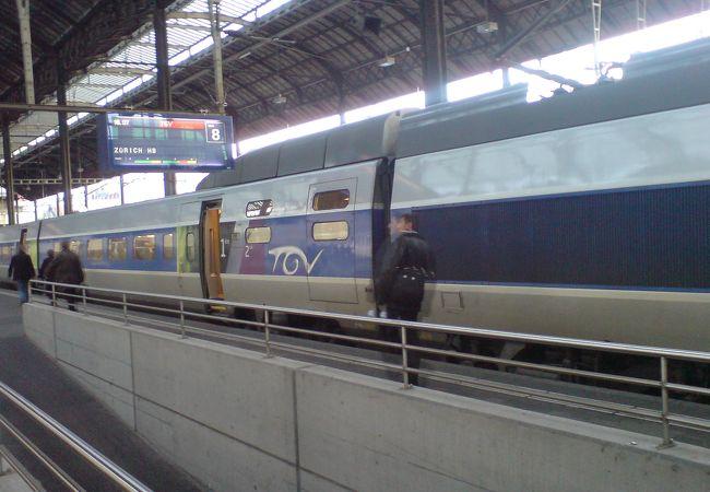 TGV (パリ方面)
