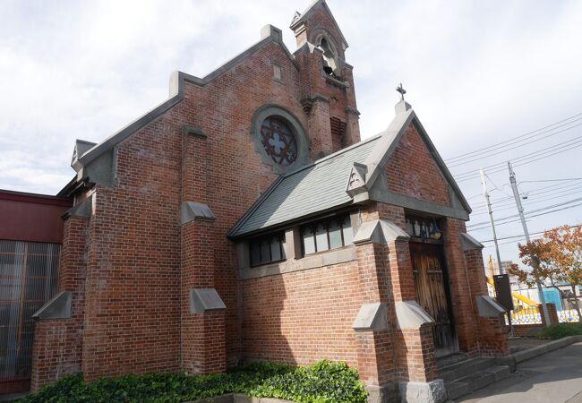 なんとも不思議な教会