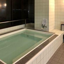 OYO旅館つり幸、4階オーシャンビューの大浴場。。