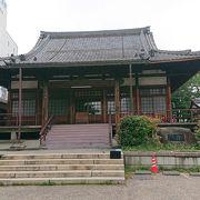 岐阜の中心地神田町にあるお寺