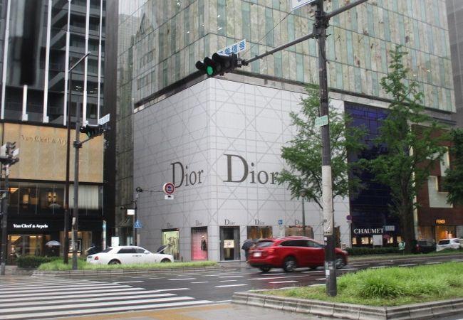 ディオール (心斎橋店)