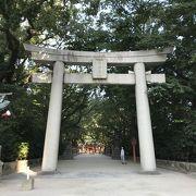ホテルの裏にある住吉神社