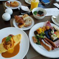 ビュッフェ朝食。