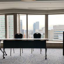 会議室もあるので社用には便利。