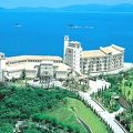 高台にあるリゾート&ゴルフ場ホテル