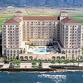 琵琶湖の畔のお城みたいなホテル