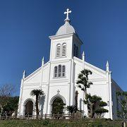 東シナ海を望む白亜の大江教会