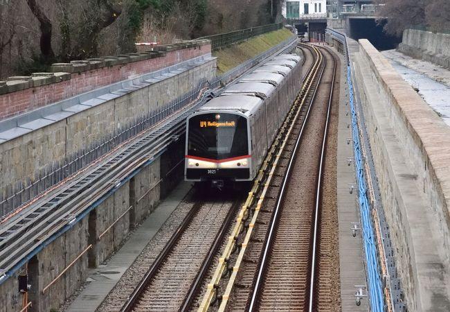 地下鉄 Uバーン (ウーバーン)