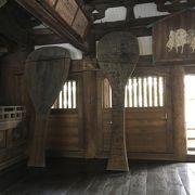 857畳の広い社殿