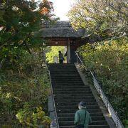 なかなか風情ある庭の東慶寺、無料で参拝