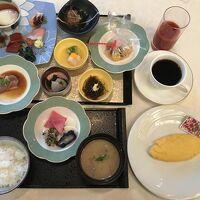 朝食の近江牛、鶏王の温泉卵、松茸の土瓶蒸しにはびっくり!