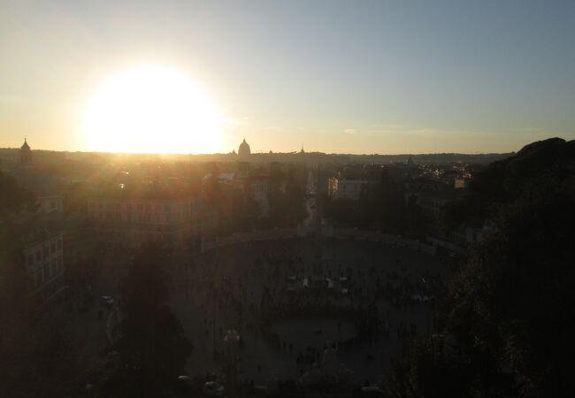ポポロ広場を上から眺める