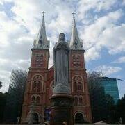 ホーチミンの中心にある教会