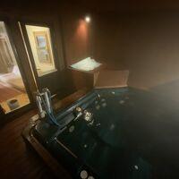 一番良かった半露天温泉「アルペンの湯」。入浴時間が短く残念。
