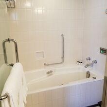 お風呂の自動お湯はり機能が便利です
