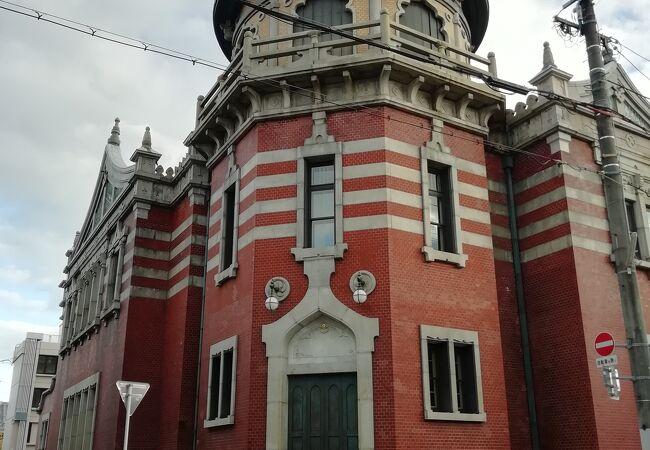 本願寺なのに近代建築?