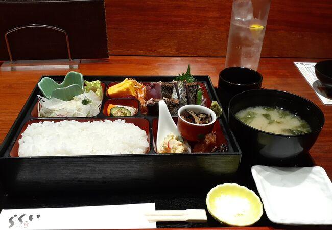 かつおのたたき御膳唐桑1,660円しますが、かつおのたたきと様々な料理が楽しめます~