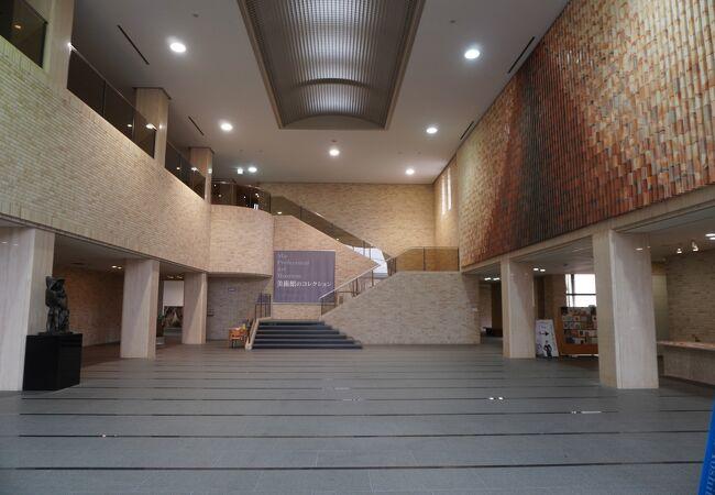 県立 美術館 三重