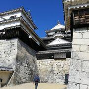 古い城の現存は珍しい