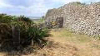 古そうな城跡です