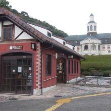 本来の道の駅機能はこちらの建物に。