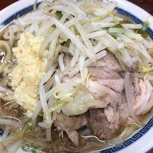 小ラーメン(¥500-)肉増し(¥100-)…税込み