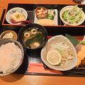 奈良駅至近。ランチ美味しく頂きました。