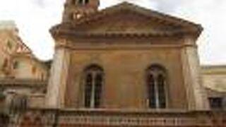 サンタ プデンツィアーナ教会