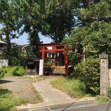 元鶴岡八幡宮 (芥川龍之介旧居跡)