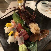メインダイニングで和食の夕食をいただきました。美味しかった。