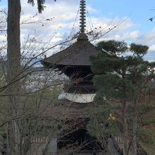 常寂光寺の多宝塔