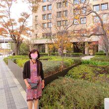 ホテル周辺は落ち着いた雰囲気でアクセス、買い物にも便利でした