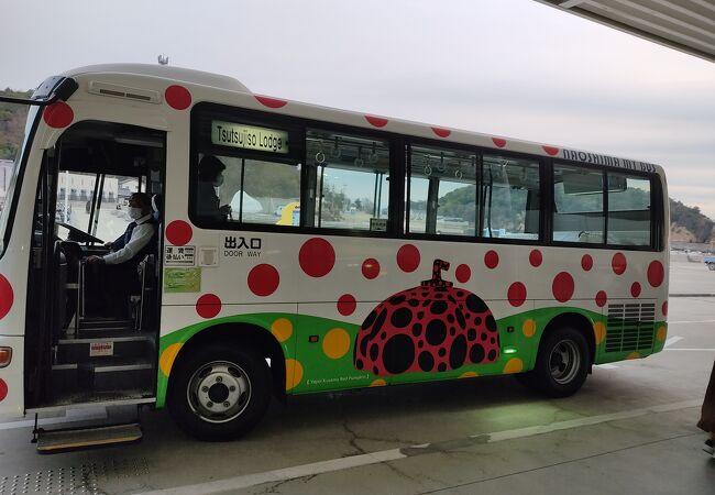 直島 町営バス すなおくん号
