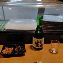 日本酒も一通りそろう。
