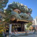 獅子の舞台がある有名な神社