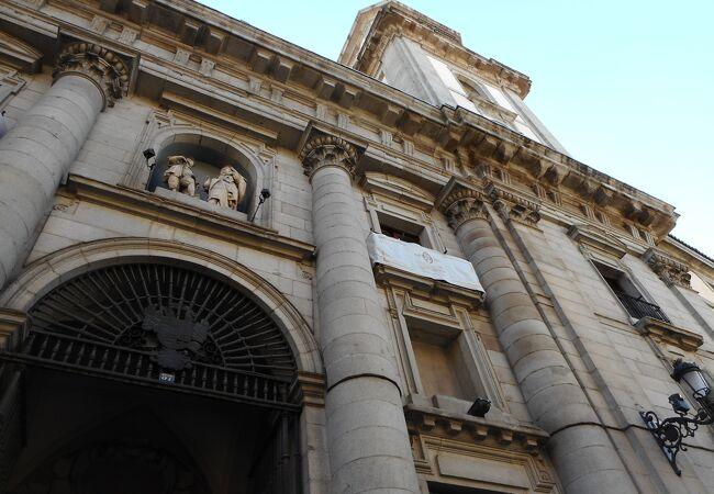 有名な教会で、内部も素晴らしかったです