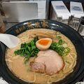 モチモチ麺とこってりスープ