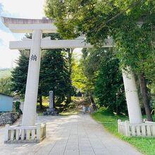 諏訪大社上社前宮神殿跡