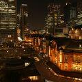 屋上庭園から東京駅がよく見えます