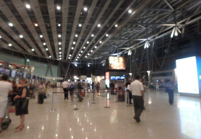 深夜便が多い空港