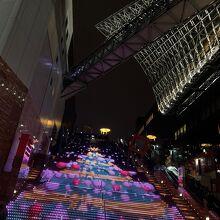 京都駅ビル大階段  グラフィカルイルミネーションPlus