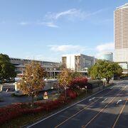 JR・名鉄間の移動に便利 (杜の架け橋)