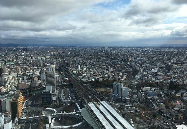岐阜駅近くの無料展望台。