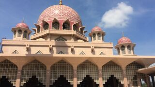プトラ モスク
