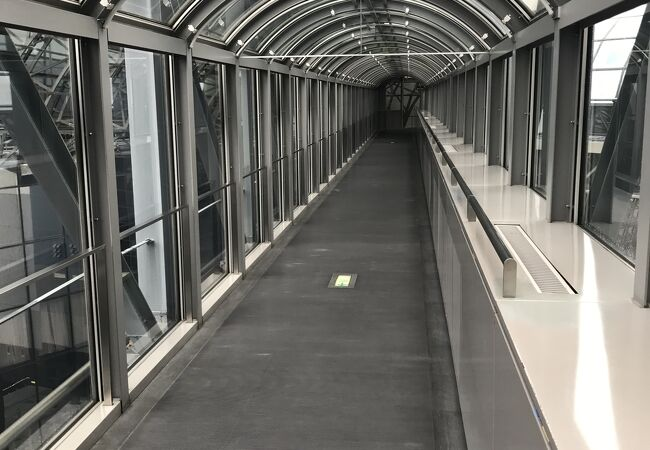 京都駅ビル空中径路