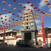チャイナタウンのヒンズー教寺院