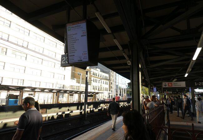 23番線がシドニー国際空港行き電車発車ホームです!