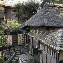 鴫立庵の家屋