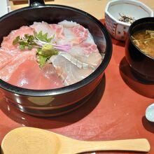マグロ丼w